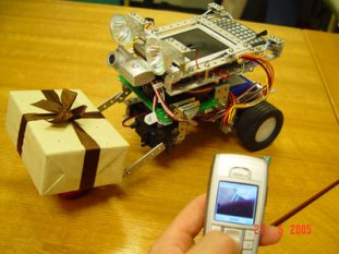 robot-controlled-by-a-mobile-phoneb